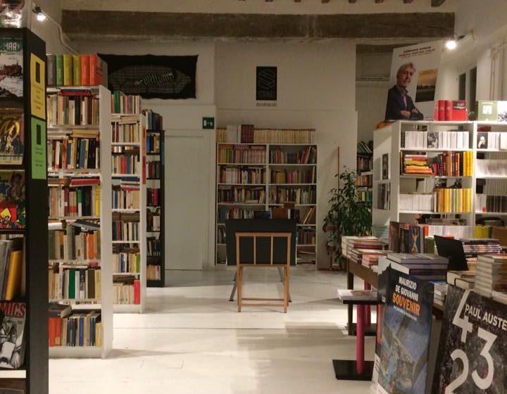 Libreria Strand